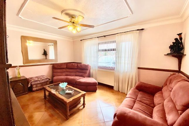 Thumbnail Detached bungalow for sale in Ellwood Avenue, Stanground, Peterborough