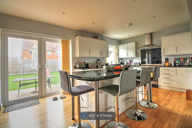 4 bed detached house to rent in Eastbourne Road, Willingdon, Eastbourne BN20