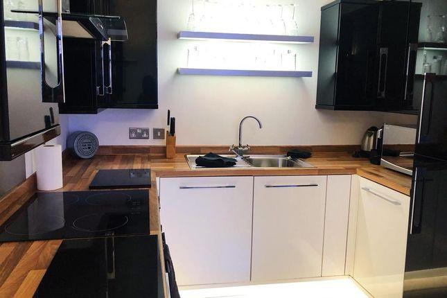 Thumbnail Flat to rent in King Charles Street, Leeds