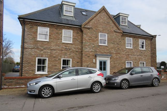 Thumbnail Flat for sale in Homeland Road, King's Lynn
