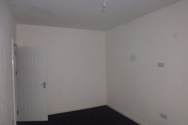 Thumbnail Flat to rent in Worsley Street, Newbold