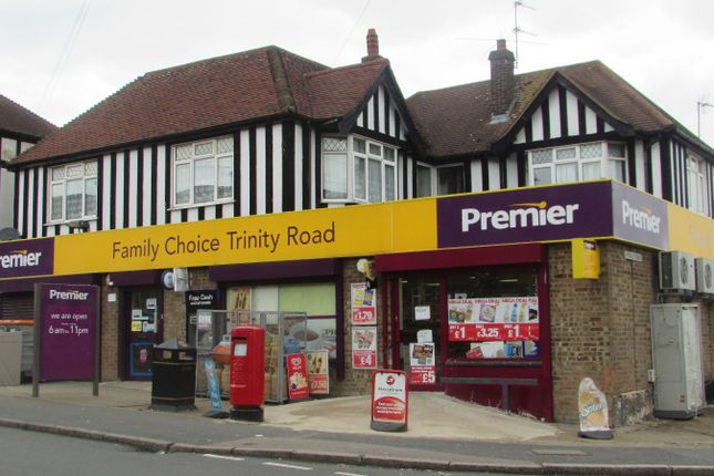 Thumbnail Commercial property for sale in Trinity Road, Luton