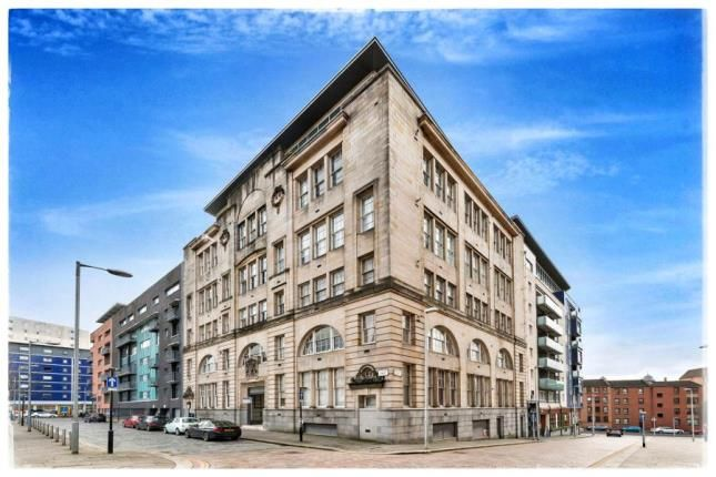 Thumbnail Flat for sale in College Street, Merchant City, Glasgow