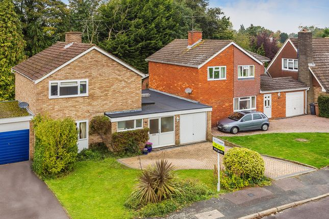 Link-detached house for sale in Frobisher Gardens, Guildford