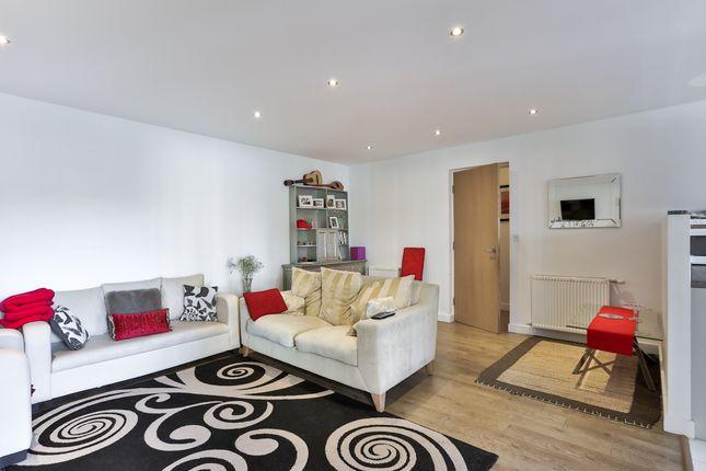 Flat for sale in 60E Oldridge Rd, Balham, London