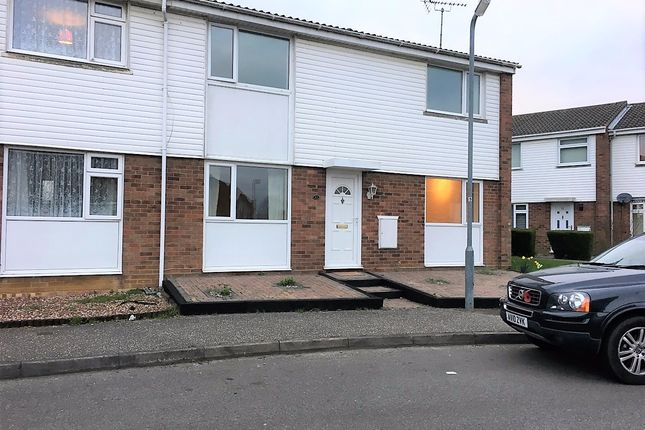 Thumbnail Semi-detached house to rent in Yare Avenue, Witham