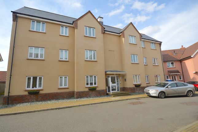 Thumbnail Flat for sale in Mackenzie House, Peter Taylor Avenue, Braintree