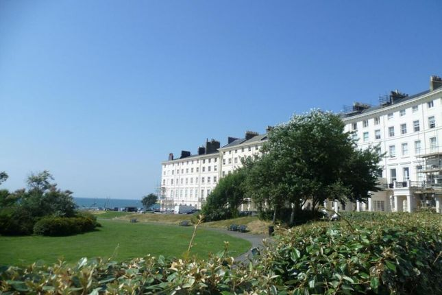 1 bed flat to rent in Adelaide Crescent, Hove BN3