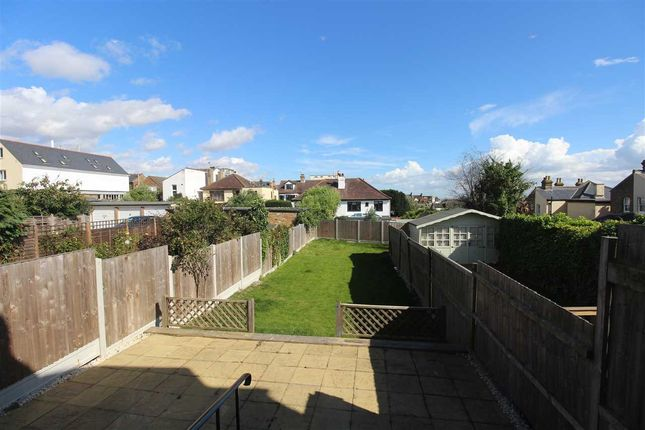 Thumbnail Semi-detached house to rent in Avenue Road, Leigh-On-Sea