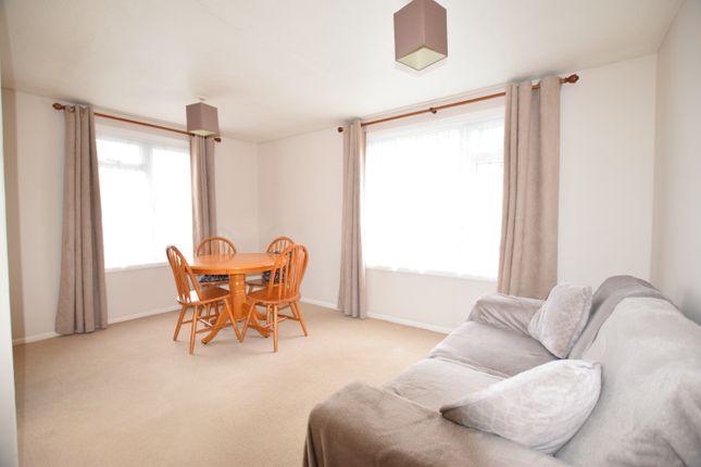 1 bed flat to rent in Wren Road, Prestwood HP16