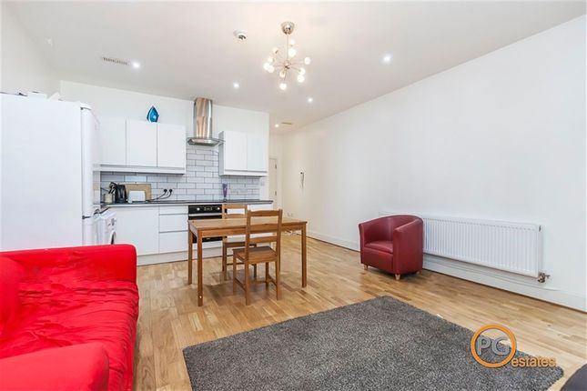 Thumbnail Property to rent in Fashion Street, Spitalfields, London