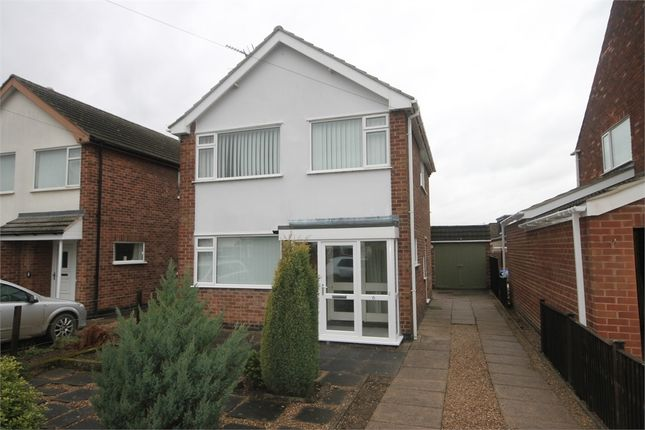 Thumbnail Detached house for sale in Fairway, Newark, Nottinghamshire.