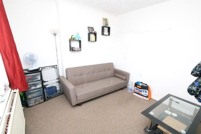 Sitting Room of Lake Road, Woodlands, Doncaster DN6