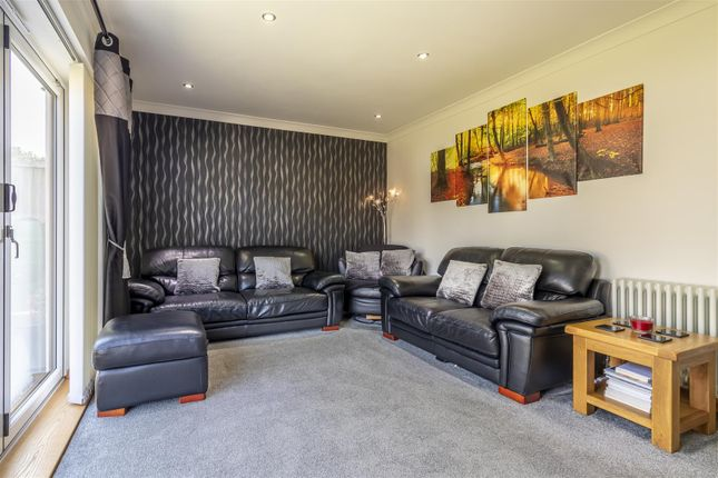 Lounge 3 of Wood View, Woodside, Grays RM16