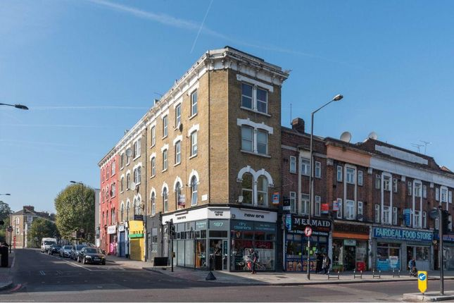 Thumbnail Flat for sale in Downs Road, London