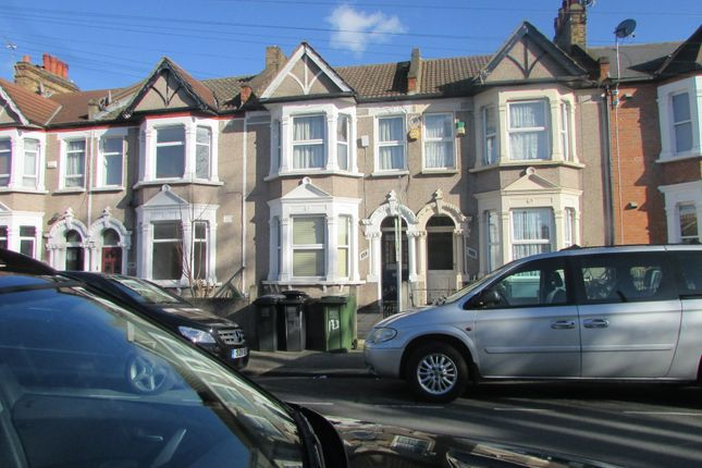 Thumbnail Room to rent in Laleham Road, London