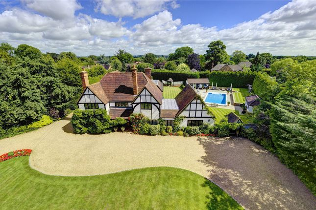 Thumbnail Detached house for sale in Windsor Road, Maidenhead, Berkshire