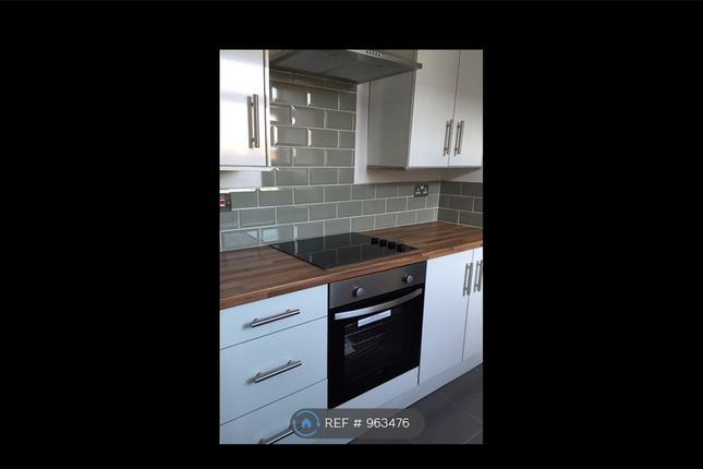 2 bed flat to rent in Cavendish Road, Leicester LE2