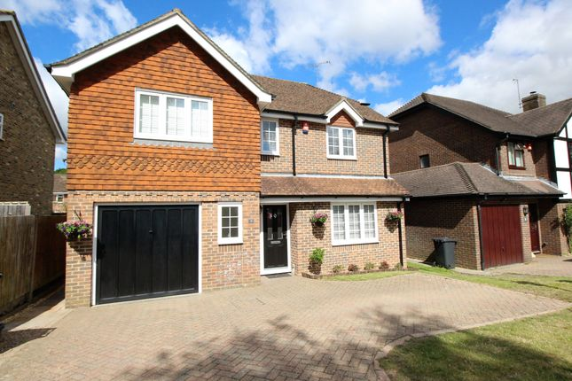 Thumbnail Detached house for sale in Dunnock Close, Rowland's Castle