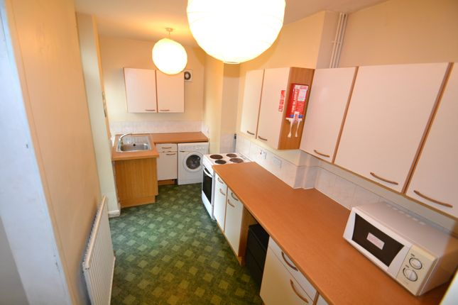 3 bed property to rent in Mundy Place, Cathays, Cardiff