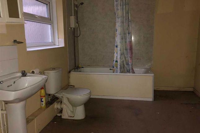 Bathroom of Greenway Road, Swansea SA11