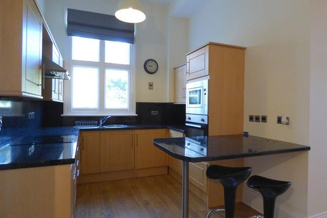 Photo 4 of Hatley Court, Flat 14, 81 Albert Road South, Malvern, Worcestershire WR14