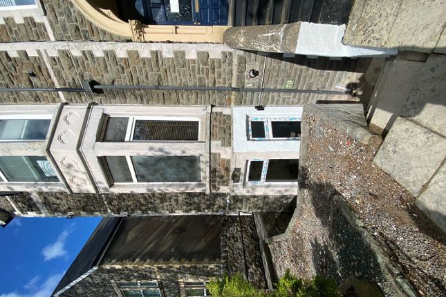 Studio to rent in Stacey Road, Cardiff CF24