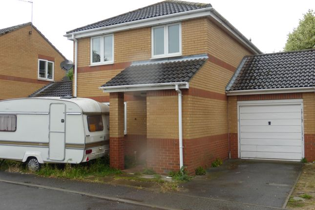 Thumbnail Property to rent in Flowers Close, Ramsey, Cambs