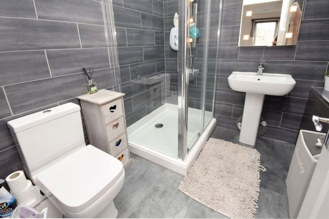 Thumbnail Flat for sale in Maclean Drive, Bellshill