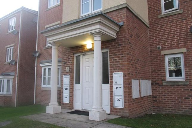 2 bed flat to rent in Flat 29, Gardens Close, Broom, Rotherham