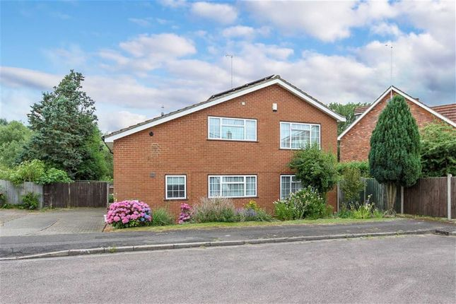 Thumbnail Detached house for sale in Wentworth Drive, Leighton Buzzard