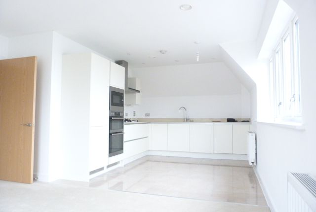 Thumbnail Flat to rent in Guardhouse Way, Mill Hill