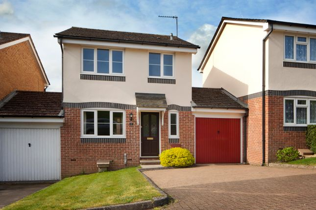 Thumbnail Link-detached house to rent in Tortoiseshell Way, Northchurch, Berkhamsted