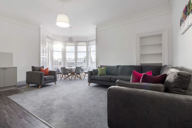 Thumbnail Flat to rent in Merchiston Crescent, Merchiston, Edinburgh