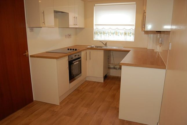 Thumbnail Flat to rent in Lawson Road, Lowestoft