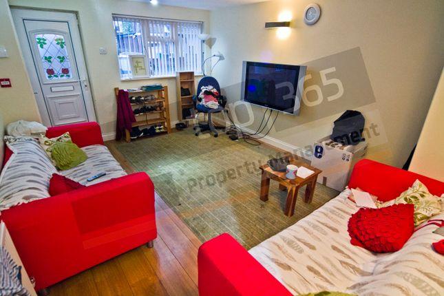Thumbnail Detached house to rent in Allington Avenue, Lenton, Nottingham