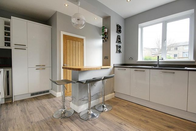 3 bed terraced house for sale in County Parade, Harrogate