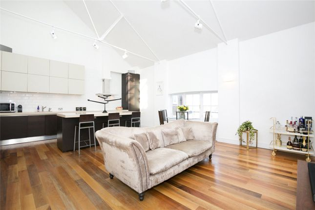 Thumbnail Flat for sale in Batchelor Street, Barnsbury