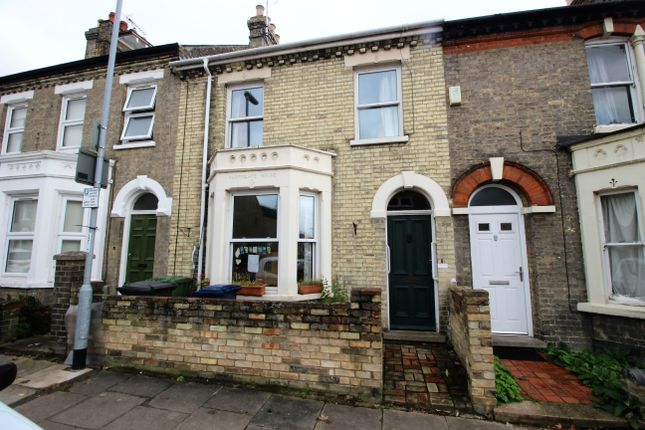 Thumbnail Terraced house for sale in Abbey Road, Cambridge