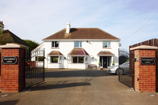 Thumbnail Detached house for sale in London Road, Whimple, Exeter