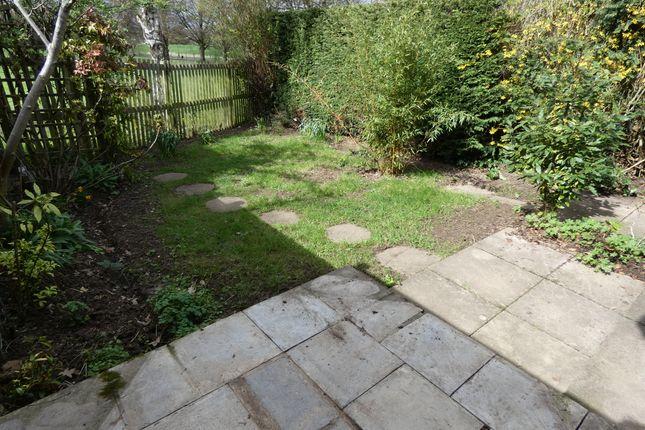 Garden of King Arthur Close, Cheltenham GL53