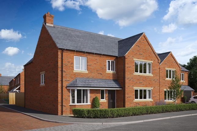 4 bed detached house for sale in Brick Kiln Road, Raunds, Wellingborough NN9