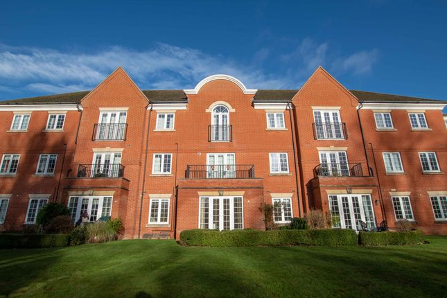 2 bed flat to rent in Greenhill, Twyford OX17