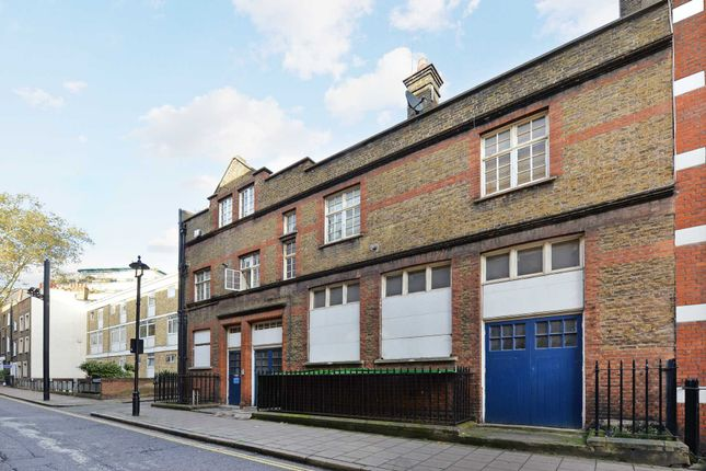 Thumbnail Block of flats for sale in Homer Row, London