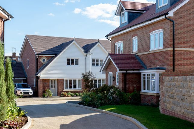 Thumbnail Semi-detached house for sale in Howland Road, Marden