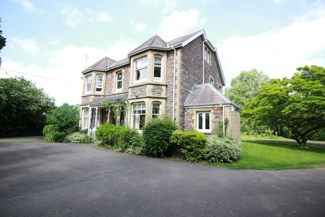 Thumbnail Flat for sale in Avenue Road, Abergavenny