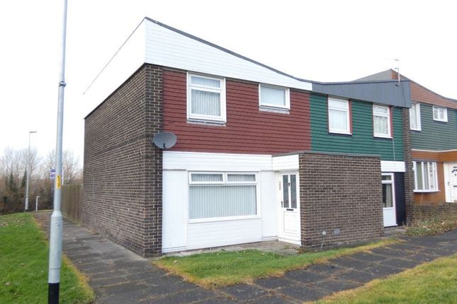 Terraced house to rent in Woodford, Gateshead