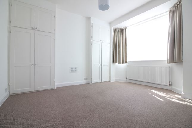 Thumbnail Flat to rent in Pole Hill Road, Hillingdon