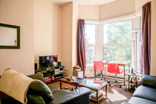 Thumbnail Flat to rent in Midland Road, Leeds