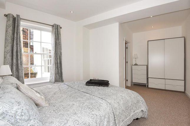 Bedroom 1 of Newbury, Berkshire RG14